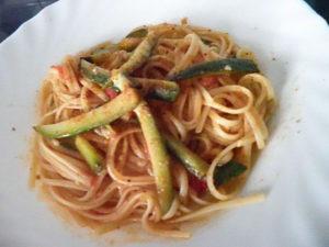 spaghetti con bottarga zucchine e zenzero