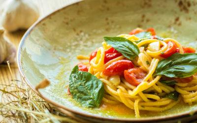 Spaghetti con pesce spada e pomodorini di Pachino Campisi: primi piatti ai sapori di Sicilia