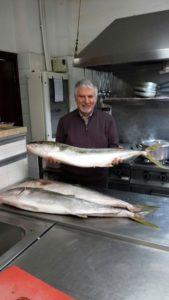 ricciola intera nel nostro ristorante di pesce a Roma